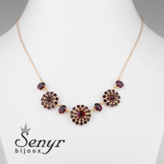 Granátové kytičky náhrdelník