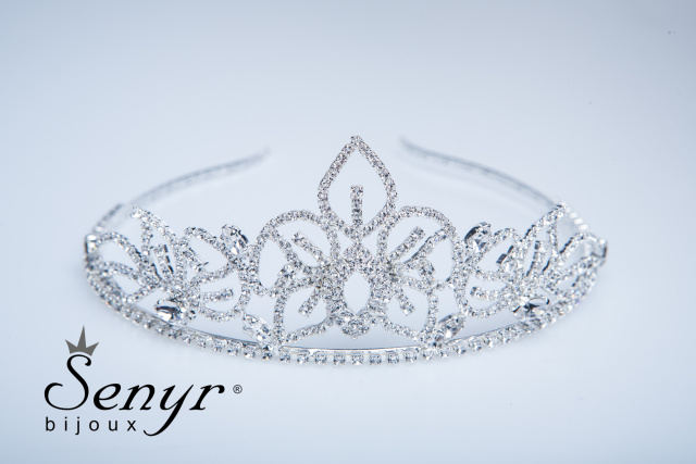 Romantic tiara