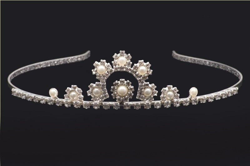 Tiara pearls
