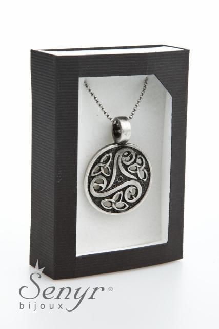Amulet náhrdelník ostrých energií