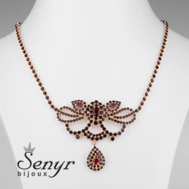 Granátový náhrdelník