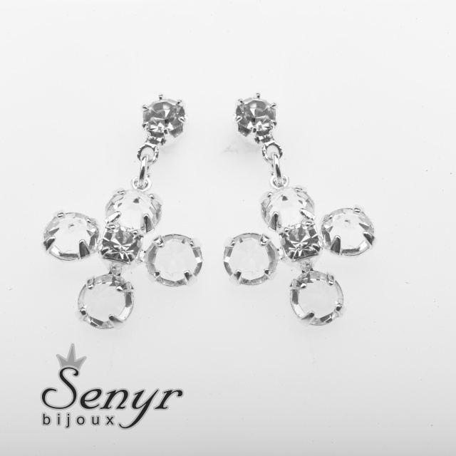 Earrings four leaf clover shaped