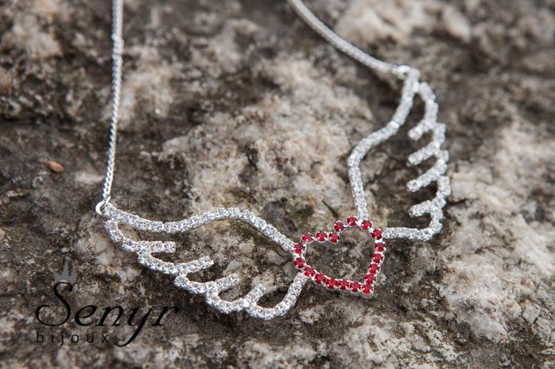 Andělská křídla se srdcem / Angel wings with heart